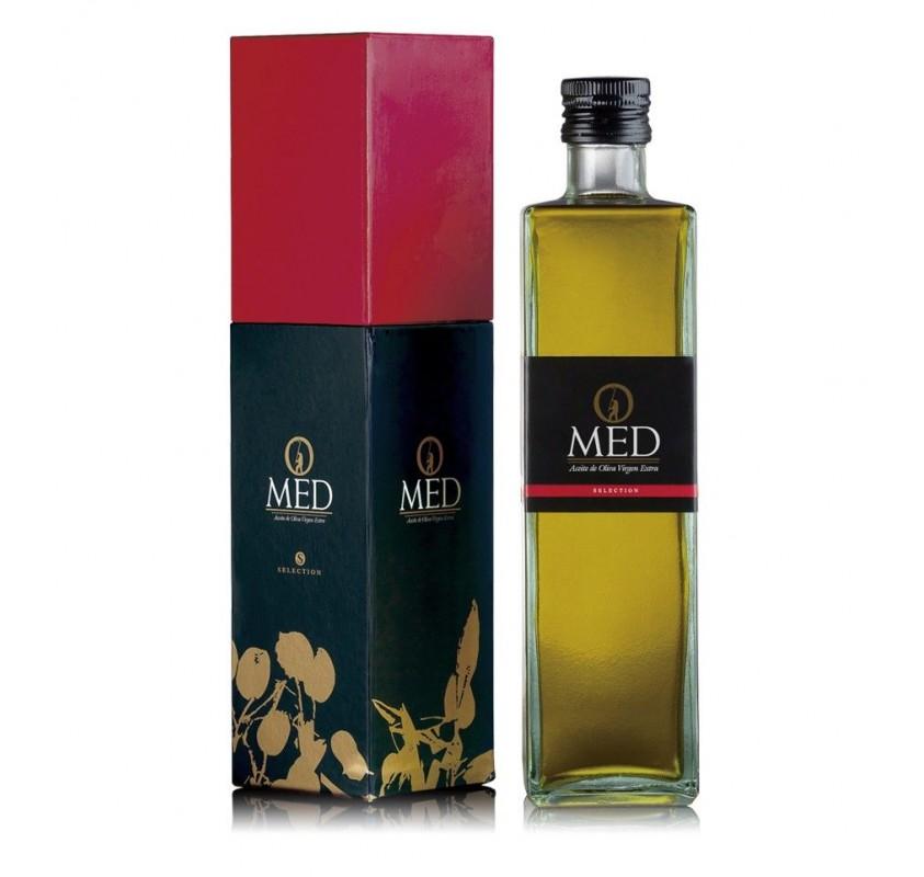Omed. Aceite de oliva Picual. Estuche regalo + botella. 9 unidades