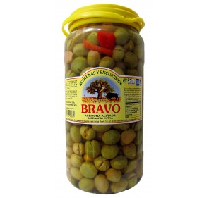 Green Olives with salt, garlic, pepper, thyme, fennel. 1.8Kg